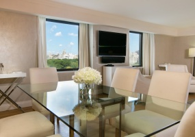 2 Bedrooms, Residence, Vacation Rental, 2 Bathrooms, Listing ID 1000, Central Park South, Manhattan, New York, United States,