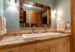 6 Bedrooms Bedrooms, ,8.5 BathroomsBathrooms,House,Vacation Rental,2482