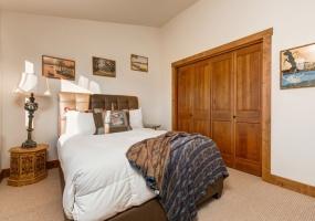 6 Bedrooms Bedrooms, ,4.5 BathroomsBathrooms,House,Vacation Rental,2483