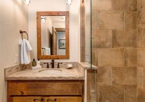5 Bedrooms Bedrooms, ,5.5 BathroomsBathrooms,Ranch,Vacation Rental,2571