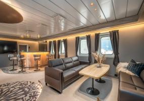 7 BathroomsBathrooms,Private Luxury Yacht,Yacht,2619