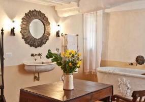 13 Bedrooms, Villa, Vacation Rental, Str. di Cetinale, 13 Bathrooms, Listing ID 1242, Italy, Europe,