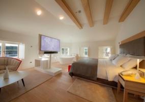 10 Bedrooms, Villa, Vacation Rental, 10 Bathrooms, Listing ID 1464, Kvarner Bay Islands, Primorje-Gorski Kotar County, Croatia, Europe,