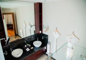 5 Bedrooms, Villa, Vacation Rental, 5 Bathrooms, Listing ID 1757, Poste Lafayette, Mauritius Island, Indian Ocean,